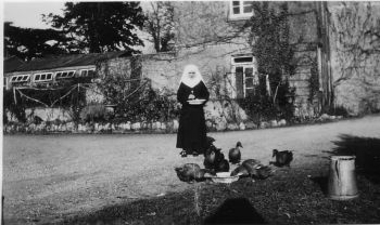 Nun outside what is now the Hermitage Wing