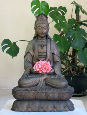Bodhisattva with flowers