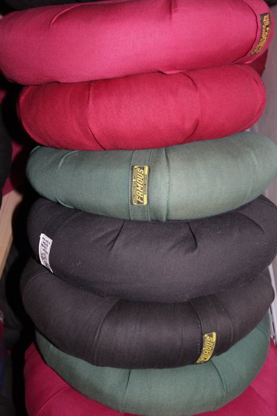 zafu-cushion-stack